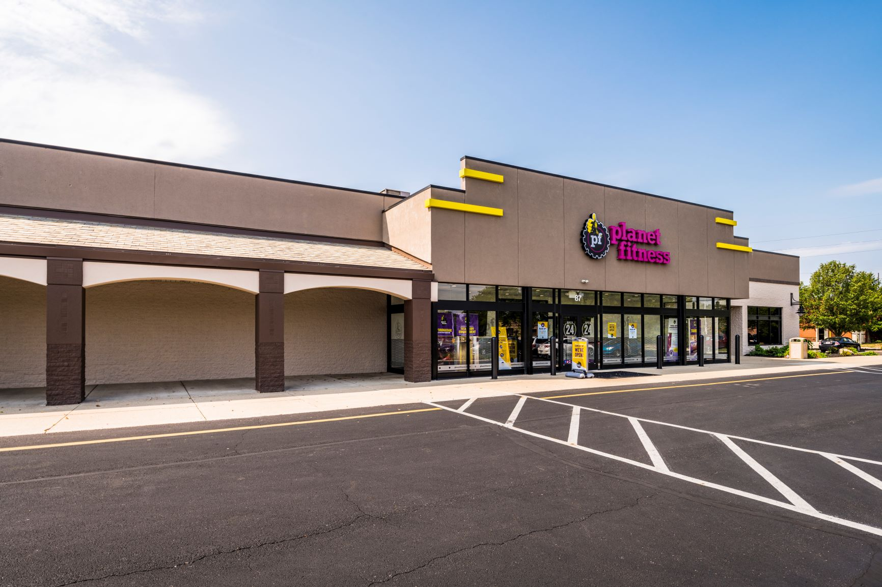 Planet Fitness - West Park Plaza