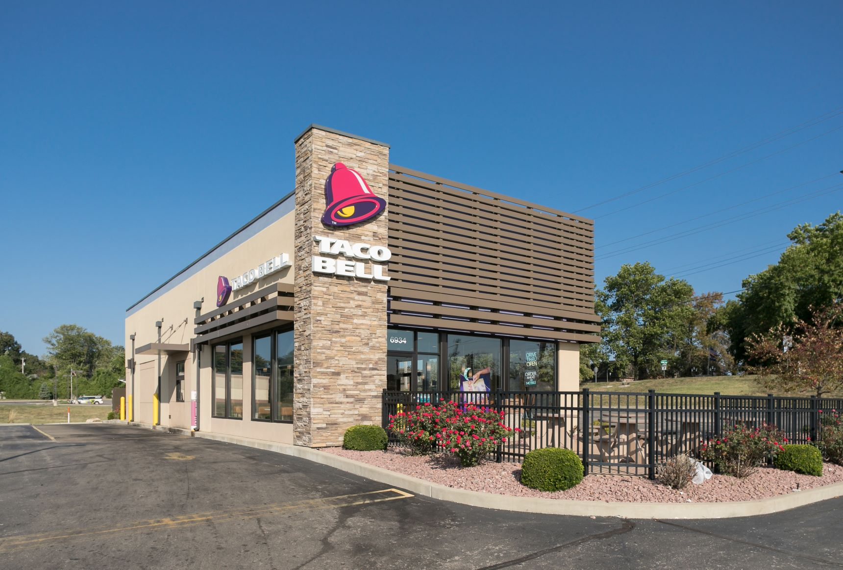 Mayfair Plaza - Taco Bell