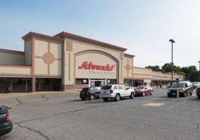 Lemay Shopping Center - Schnuck's