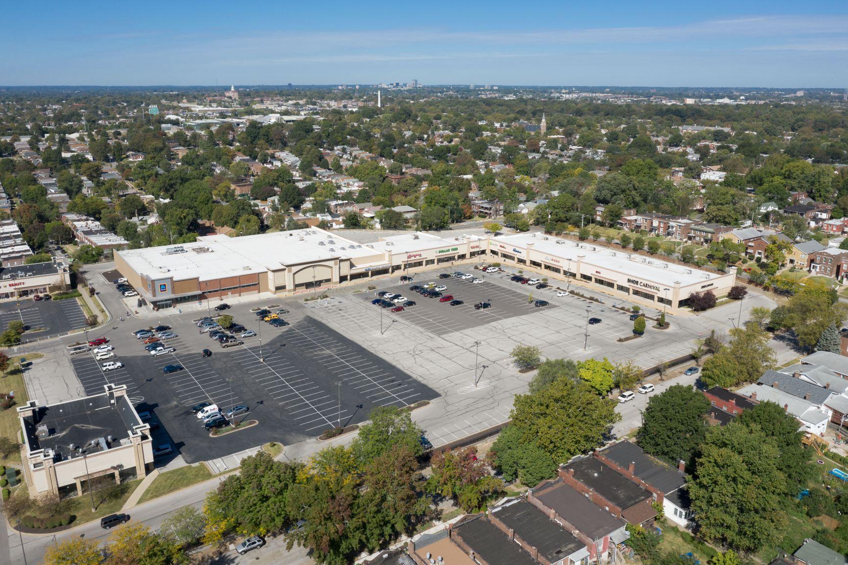 Gravois Plaza - aerial